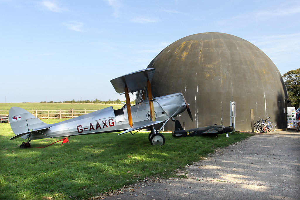 The Dome behind a De Havilland DH-60M Moth aircraft  © John Allan